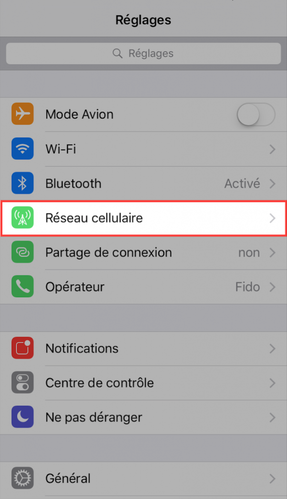Réseau cellulaire pour assistance Wi-Fi
